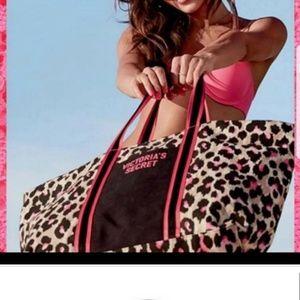 Victoria Secret weekender tote bag